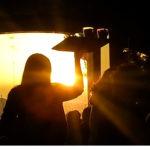 ΚΡΗΤΗ: Η ΣΤΙΓΜΗ ΤΗΣ ΕΠΙΘΕΣΗΣ ΣΕ ΙΔΙΟΚΤΗΤΡΙΑ ΚΑΦΕΤΕΡΙΑΣ! ΞΥΛΟ ΠΙΣΩ ΑΠΟ ΤΟΝ ΠΑΓΚΟ. (Βίντεο ντοκουμέντο)