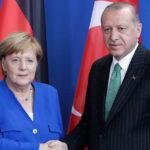 Επικοινωνία Μέρκελ – Ερντογάν για την ανατολική Μεσόγειο: Διάλογο ζήτησε ο Τούρκος πρόεδρος
