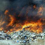 Πυρκαγιά στον ΧΥΤΑ Φυλής – Μήνυμα από το 112